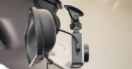 ¿Es legal en España llevar una cámara en el coche?